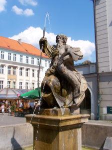 fontanna z neptunem w gliwicach